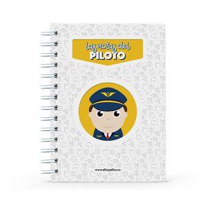 Cuaderno pequeño con diseño de piloto de aviación