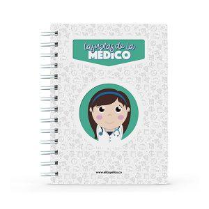 Cuaderno pequeño con diseño de médica