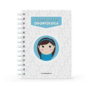 Cuaderno pequeño con diseño de odontóloga